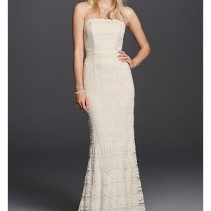 David's Bridal Ivory Lace Sheath Dress